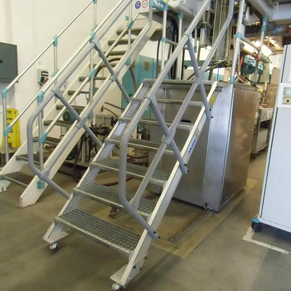 Lépcsőfeljáró gépekhez