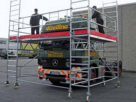 Egyedi állvány haszongépjárművek karbantartásához
