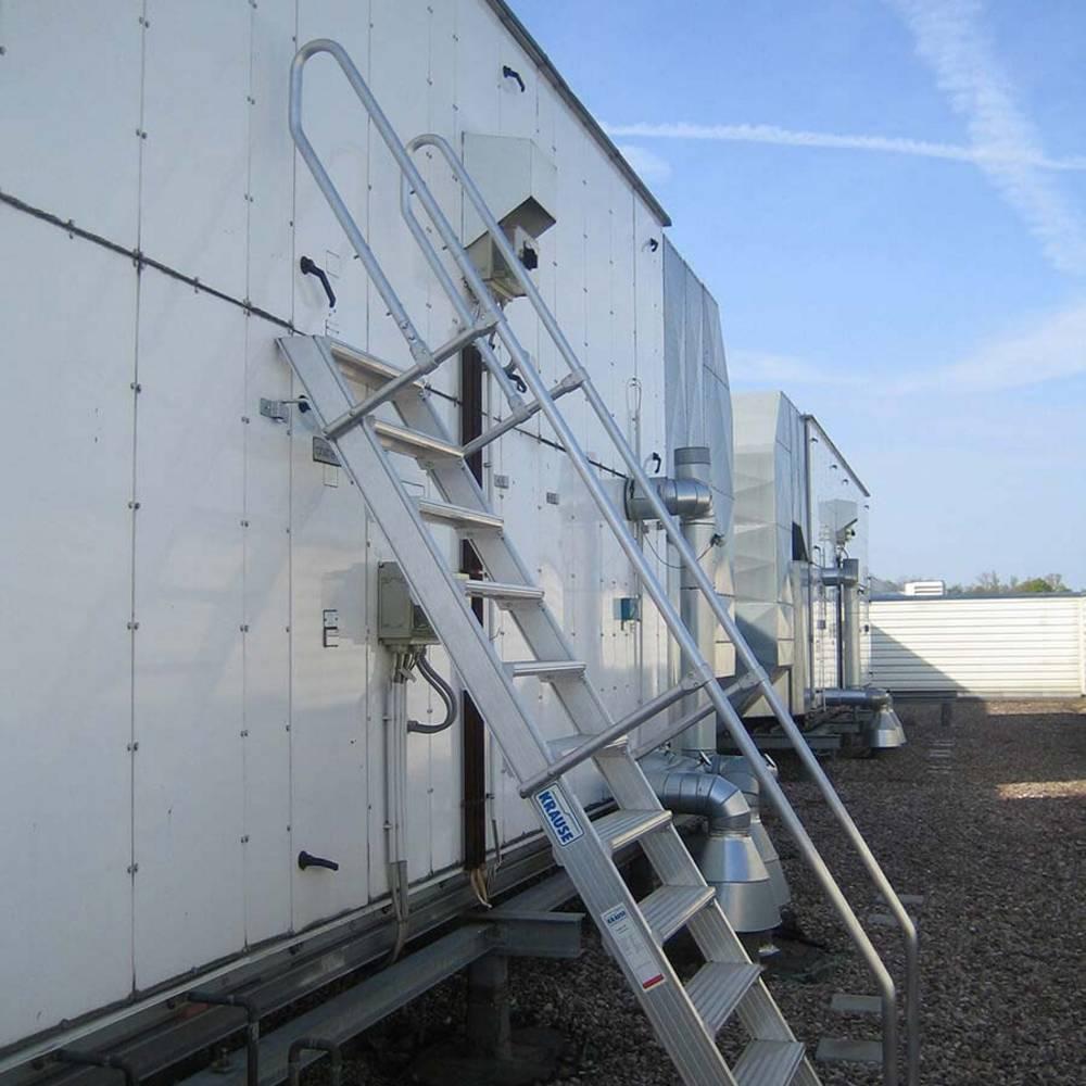 Mozgatható lépcsőfeljáró klímaberendezések karbantartásához